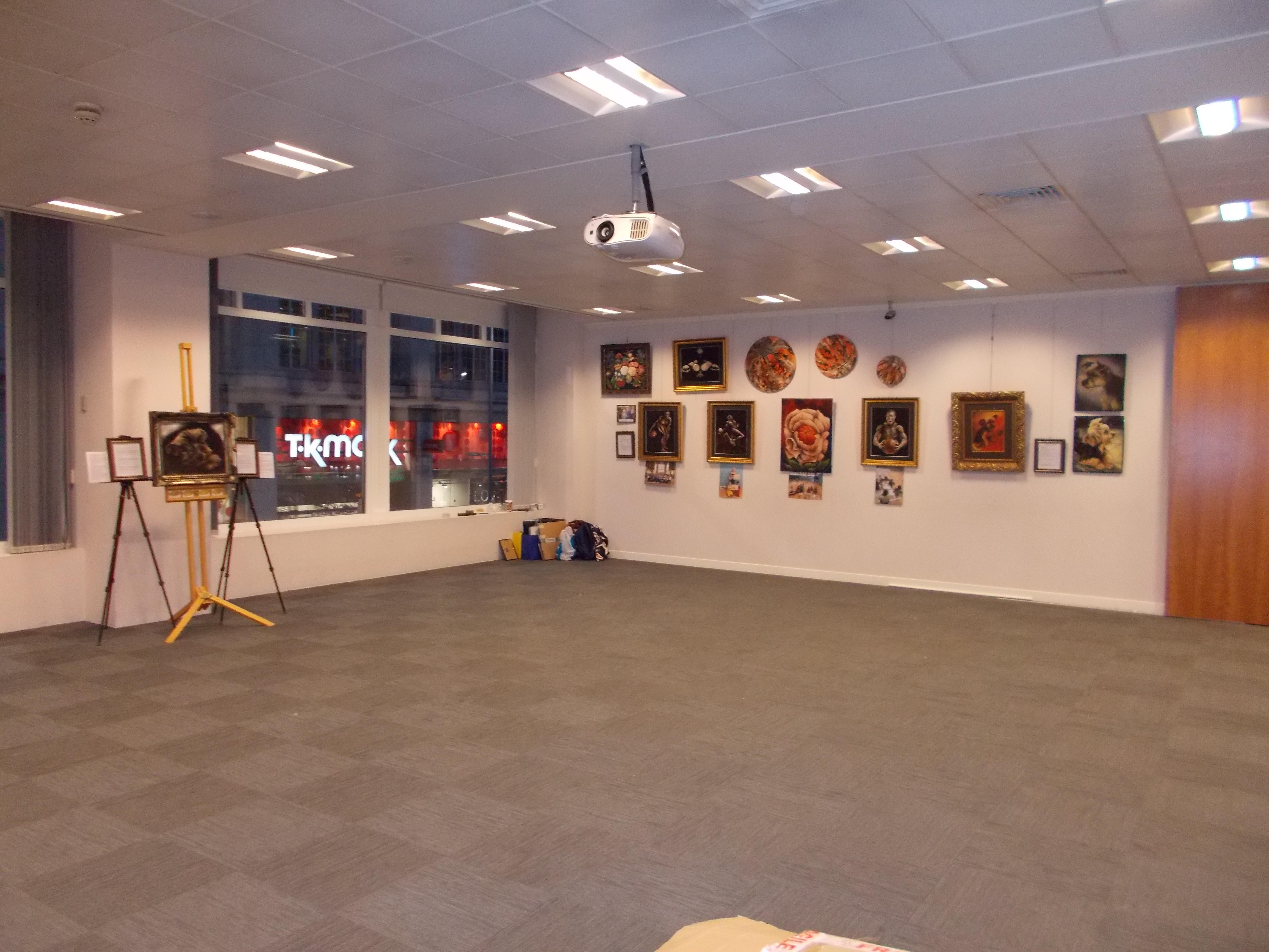 1-2 jurita-art and basketball- exhibition 12-22 november 2019 in Rossotrudnichestvo London (9)